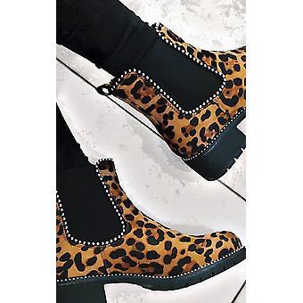 IKRUSH Womens Tarra Faux Suede Chunky Heel Boots