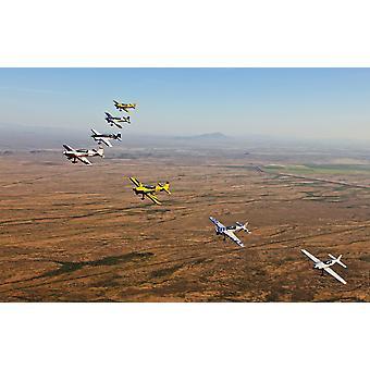 Ekstra 300 aerobatic fly flyr i formasjon under APS opplæring i Mesa Arizona plakatutskrift