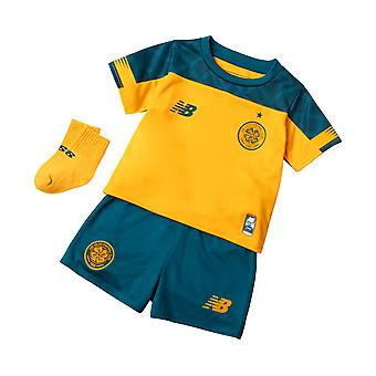 New Balance Celtic FC 2019/20 Infant Kids Away Football Kit Yellow/Green