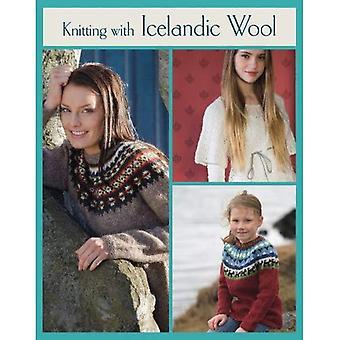 Tejer con lana de Islandia
