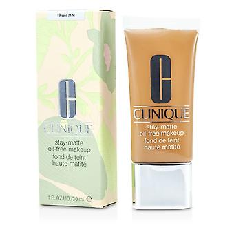 Clinique oppholdet Matt olje gratis Makeup - # 19 Sand (M-N) 30ml / 1oz