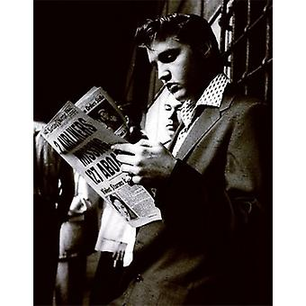 Elvis Reading the Sunday Mirror Poster Print (18 x 24)
