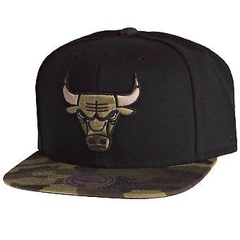 Mitchell & Ness Snapback Cap - CAMO Chicago Bulls black
