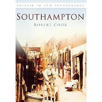 Southampton av Andrew kokk - 9780752451121 bok