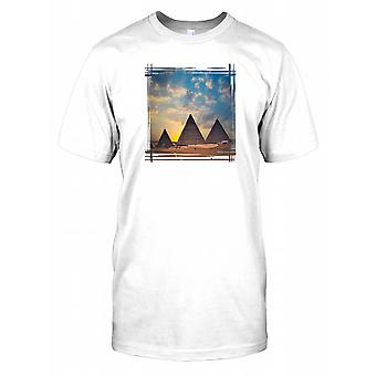 Pyramids in Egypt - Classic History Kids T Shirt