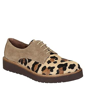 Derby shoes in leopard print pony leather and suede