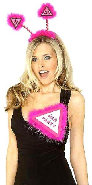 Flashing Hen Party Badge Pink With Pink Marabou (Pack Of 1)