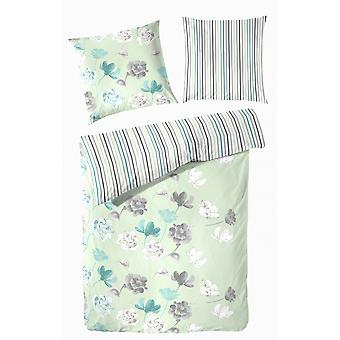 TAP precious flannel reversible bed linen flowers pale green 155 x 220 cm