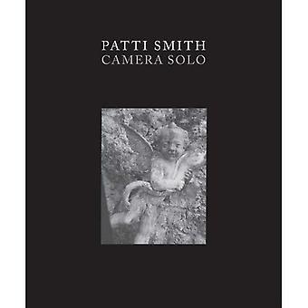 Patti Smith - kamera Solo