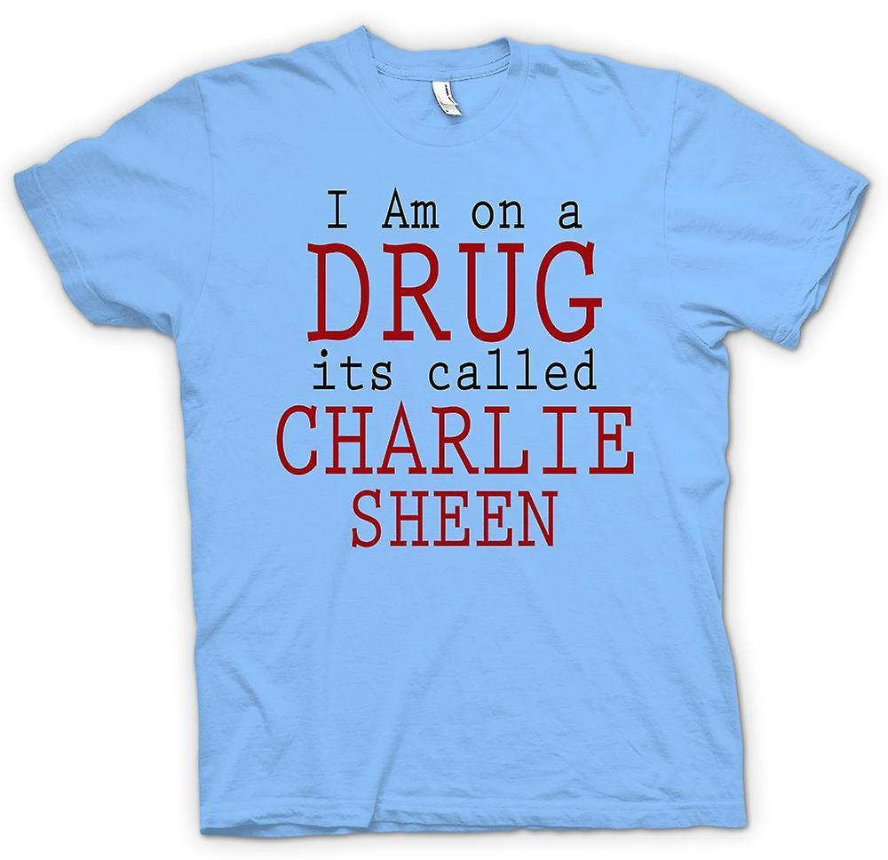 Mens T-shirt - ich bin auf ein Medikament seiner namens Charlie-Sheen - lustig