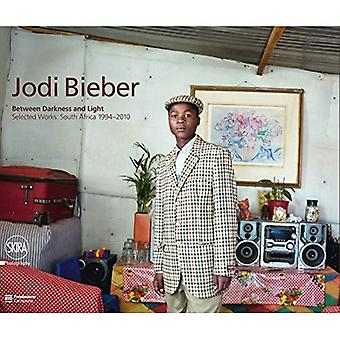 Jodi Bieber: Between Darkness and Light: Selected Works: South Africa 1994-2010