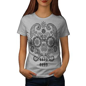 Face Of The Skull Women GreyT-shirt | Wellcoda