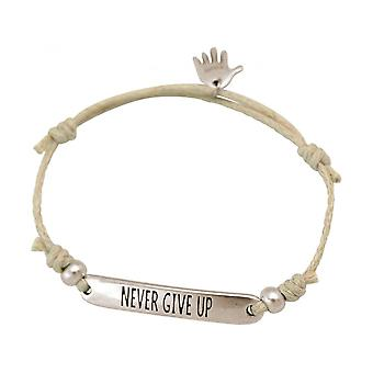 Kvinnor - armband - graverade - NEVER GIVE UP - silver - nude