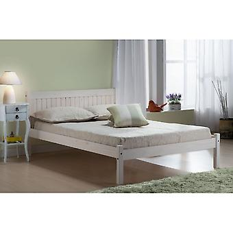 Birlea 135cm Rio Bed White Wash