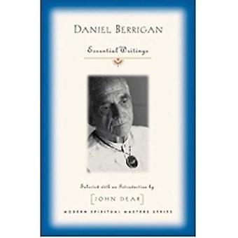 Daniel Berrigan: Essential Writings (Modern Spiritual Masters)