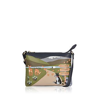 The Lakes Dog Walk Leather Cross Body Bag in Navy (en anglais)