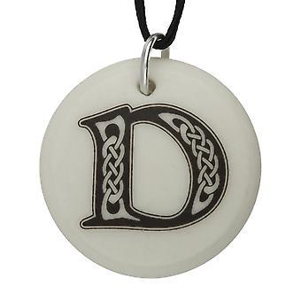 Handgemaakte Keltische eerste ronde gevormde porselein hanger - brief zou ' ~ 20 inch keten