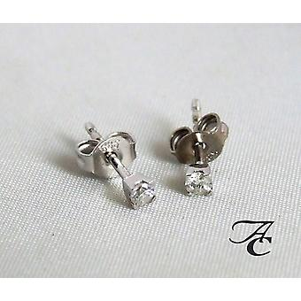 Atelier Christian Weißgold Ohrringe mit Diamanten