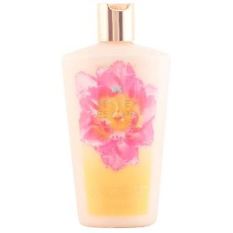 Victoria's Secret Secret Escape Body Lotion 250 ml (Perfumes , Lotions)