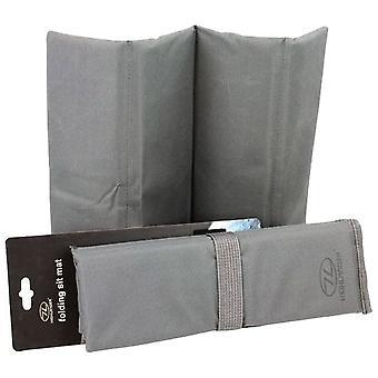 Highlander Grey Folding Sit Mat