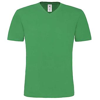B&C Mens Mick Classic Colours Short-sleeved T-shirt with Casual V-neck collar