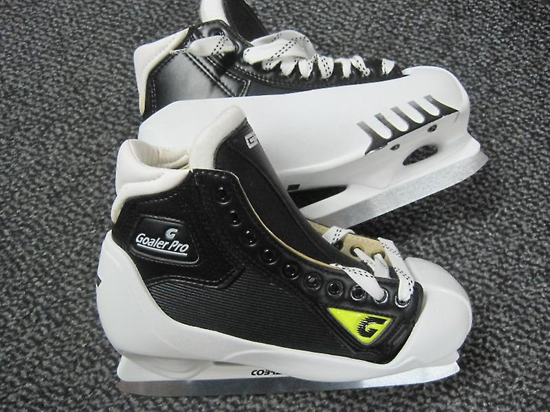 Count goaler Pro ice skates at the hammer price