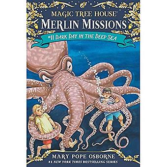Dark Day in the Deep Sea: Merlin Mission [With Tattoos] (Magic Tree House)