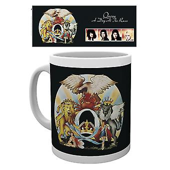 Queen Day at the Races Ceramic Coffee Mug (ge)