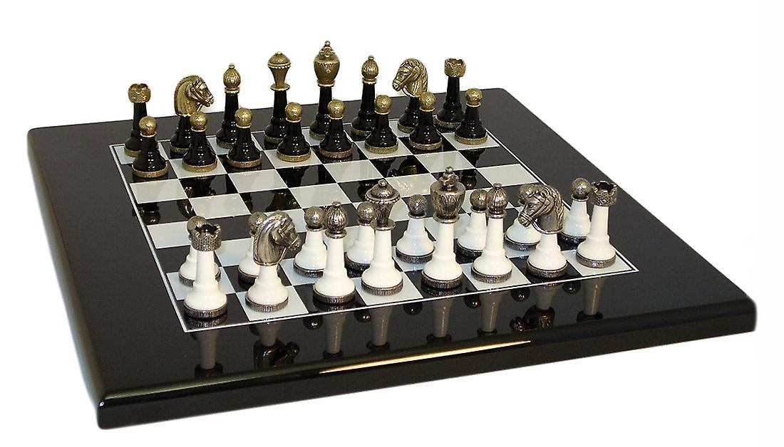 noir & blanc Wood and Metal Chess Set