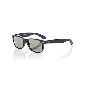 Ray-Ban svart gummi-Crystal Green RB2132 nya Wayfarer - 55mm solglasögon