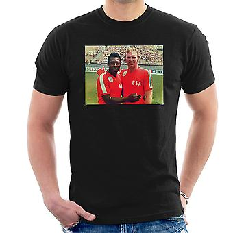 Pele Bobby Moore England Football 1976 Men's T-Shirt