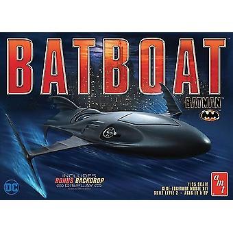 Amt 01:25 Batman Batboat Modell