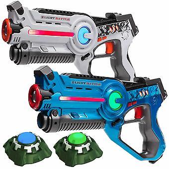 2 lasergame guns (wit, blauw) + 2 targets