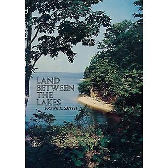 Terra tra i laghi di Smith & Frank E.