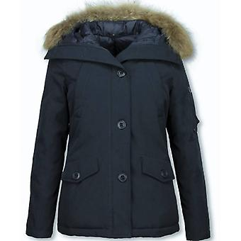 Short women's winter coat – with fur collar – blue