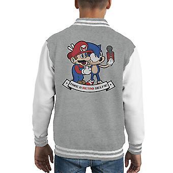 Retro-Selfie Sonic und Mario Kid Varsity Jacket