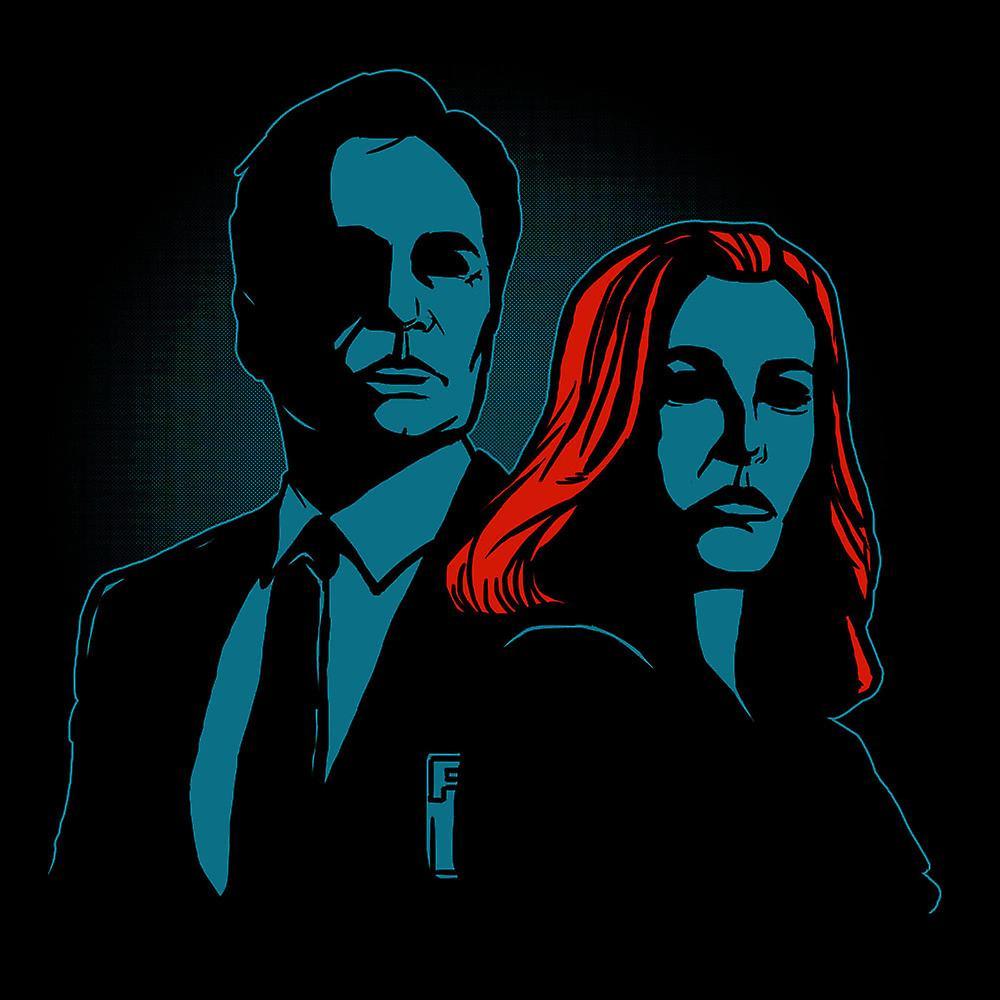 Truth Seekers Mulder and Skully X Files Women's Hooded Sweatshirt