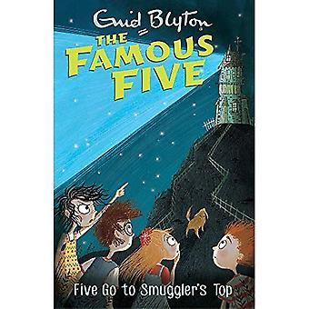 Famous Five: Five Go To Smuggler's Top: Book 4 - Famous Five