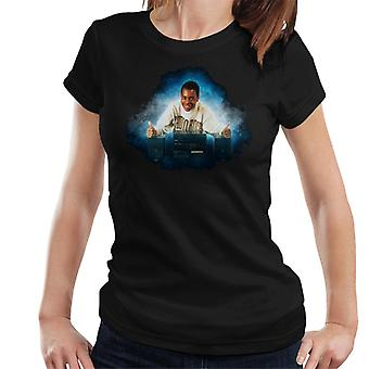 TV Times Andi Peters With A HiFi Thumbs Up Women's T-Shirt