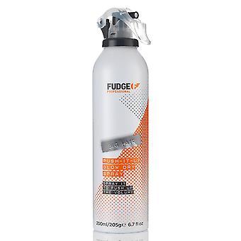 Fudge capelli grande spinta verso l'alto colpo secco Spray 200 ml