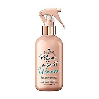 Spray après-shampooing Mad About Waves Schwarzkopf (250 ml)