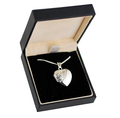 Silver 21x19mm hand engraved heart Locket with Curb chain