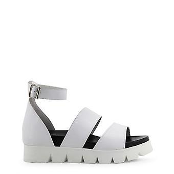 Ana Lublin shoes of Salon Ana Lublin - Doroteia 0000055070_0