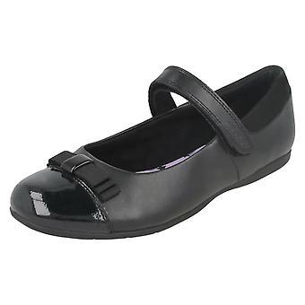 Girls Clarks Bow Trim School Shoes Dance Shout