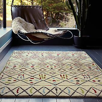 Amira Rugs Am006
