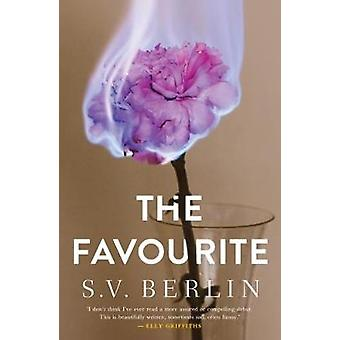 The Favourite by S. V. Berlin - 9780993563386 Book