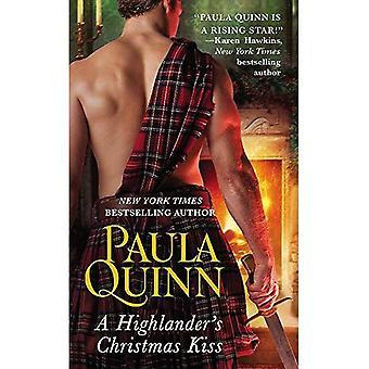 A Highlander's Christmas Kiss (Highland Heirs)