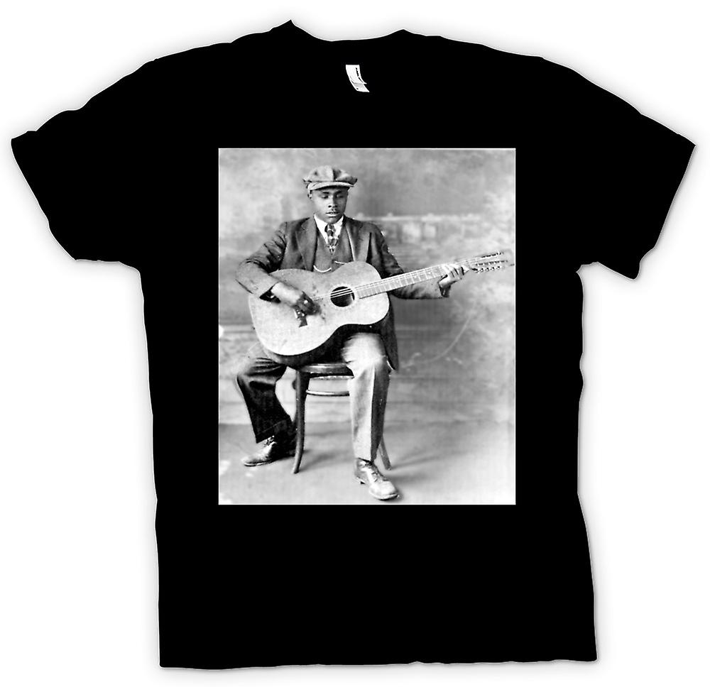 Mens T-shirt - Blind Willie Mctell Portrait