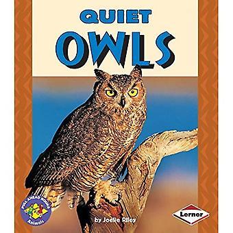 Quiet Owls (Pull Ahead Books - Animals Series)