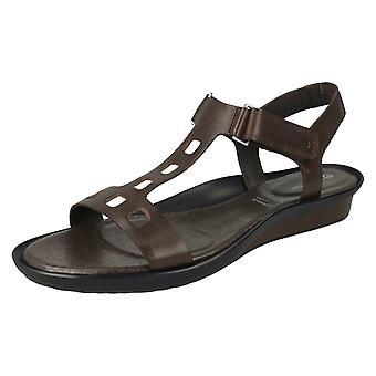 Ladies Rockport Ankle Strap Sandal - K62396